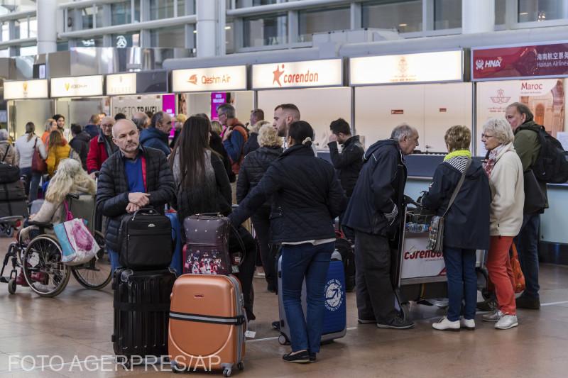 culoare-speciale-in-aeroporturi-in-romania-pt-pasagerii-care-vin-din-italia