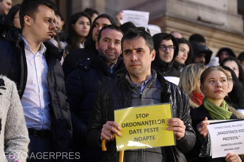 magistratii-din-mai-multe-instante-si-parchete-din-tara-continua-protestele