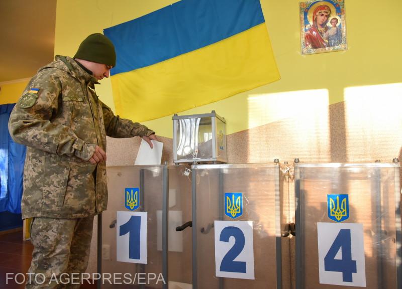 pregatiri-pentru-dezbaterea-dintre-cei-2-candidati-la-presedintia-ucrainei