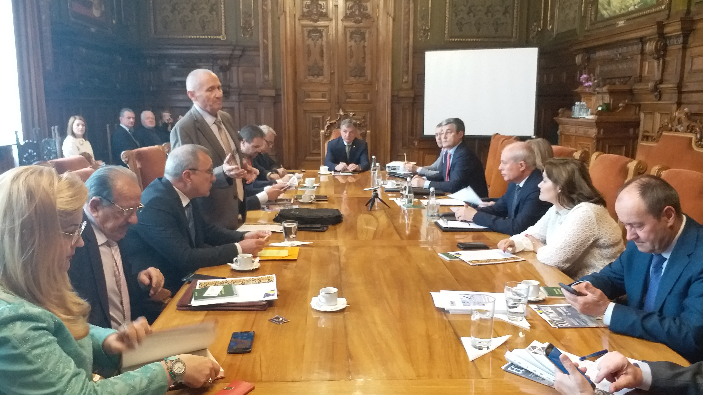 dezbatere-modelul-economic-romanesc-in-ue-romania---orizont-2040
