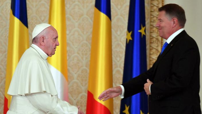 discursuri-la-palatul-cotroceni-cu-ocazia-vizitei-papei-francisc