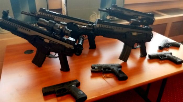 -parteneriat-romano-italian-pentru-producerea-de-arme-de-asalt-beretta