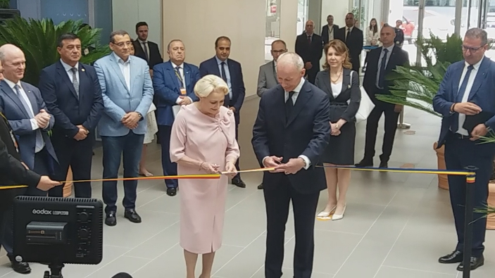 pm-dancila-inaugurates-new-headquarter-of-renault-group-romania-