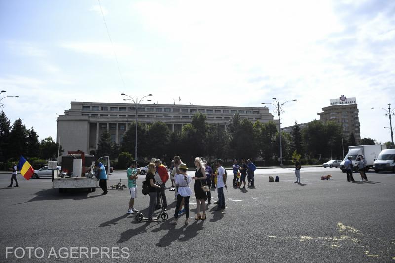 -proteste-in-piata-victoriei-impotriva-legii-carantinei