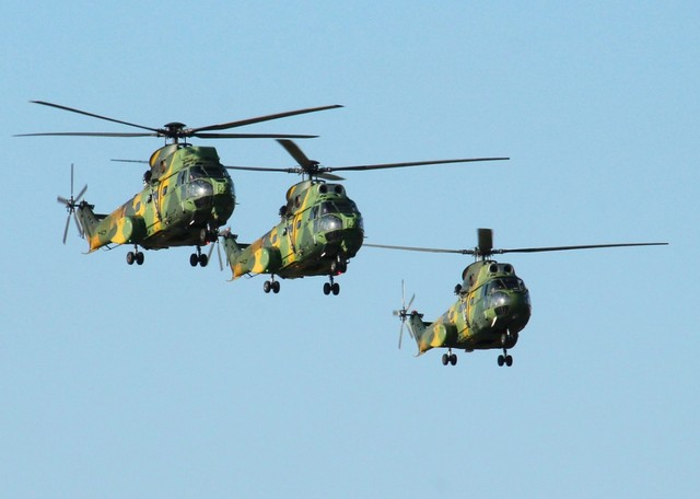 elicopter-al-fortelor-aeriene-romane-avariat-in-mali