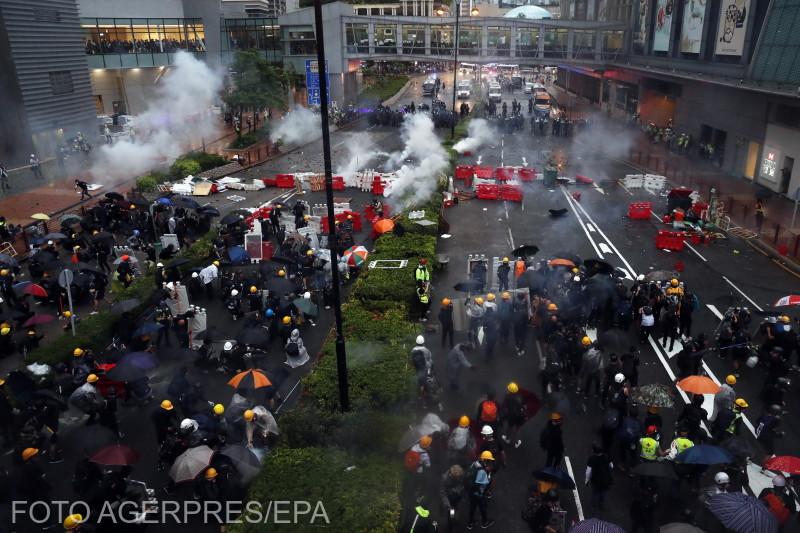 hong-kong-noi-confruntari-intre-politie-si-protestatari