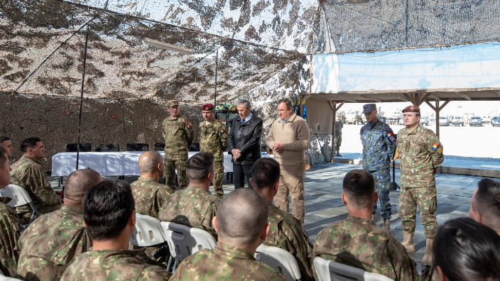 ministrul-apararii-nationale-nicolae-ciuca-in-vizita-in-afganistan