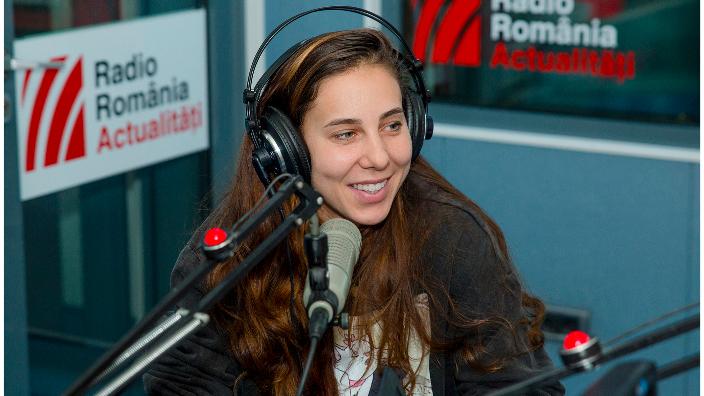 mihaela-buzarnescu-intre-prieteni