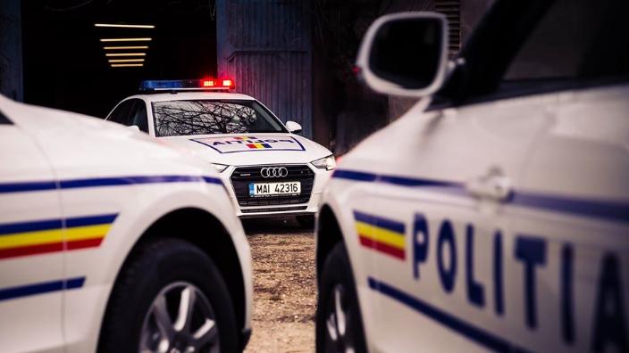 prinsi-de-politisti-in-timp-ce-furau-catalizatoare-auto