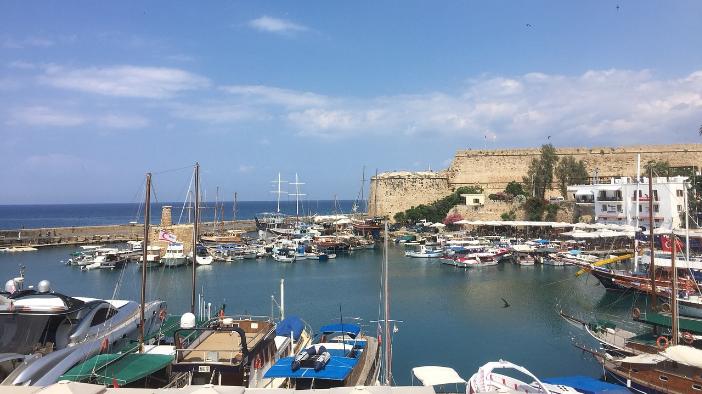 cipru-interzice-accesul-turistilor-romani