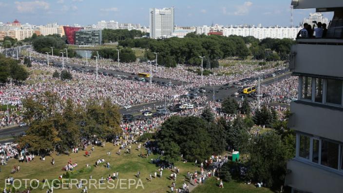 la-minsk-sute-de-protestatari-au-iesit-din-nou-in-strada-