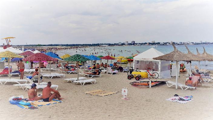 atmosfera-pe-litoral-in-ultimul-weekend-de-vacanta