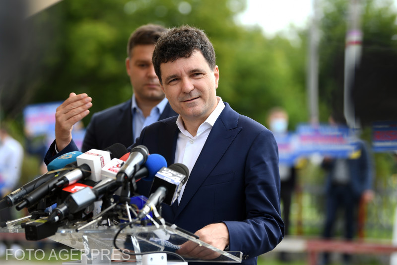 primarul-general-al-capitalei-nicusor-dan-a-anuntat-ca-se-afla-in-izolare
