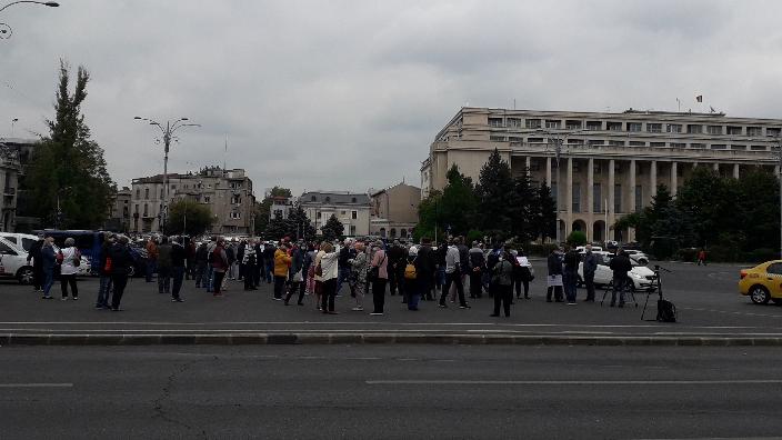 aproximativ-100-de-pensionari-au-protestat-in-fata-guvernului