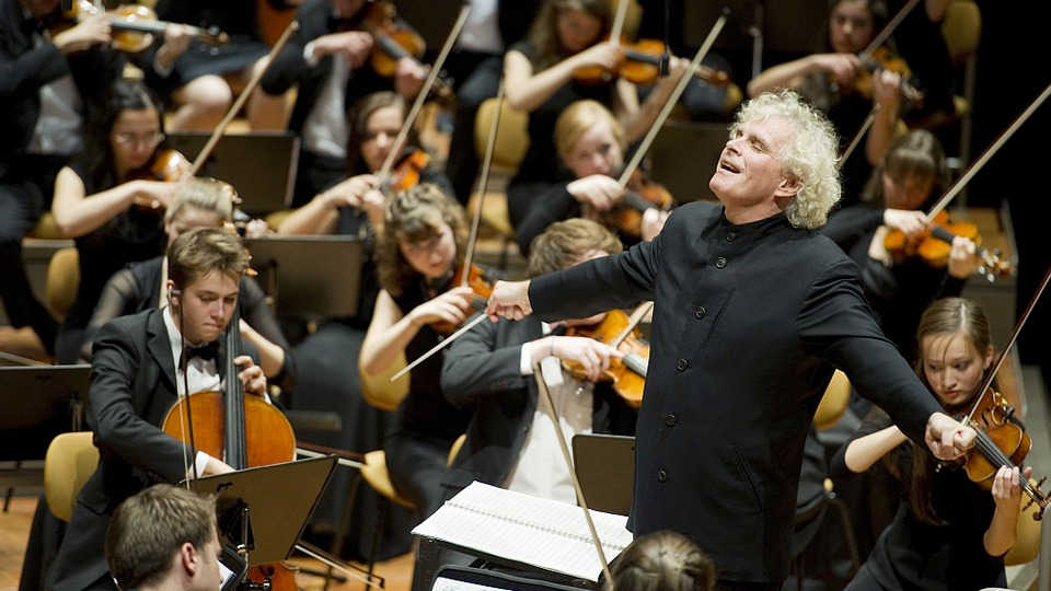 simfonia-a-vi-a-de-gustav-mahler-pentru-ultimul-concert-al-lui-sir-simon-rattle-la-filarmonica-din-berlin-ca-dirijor-principal
