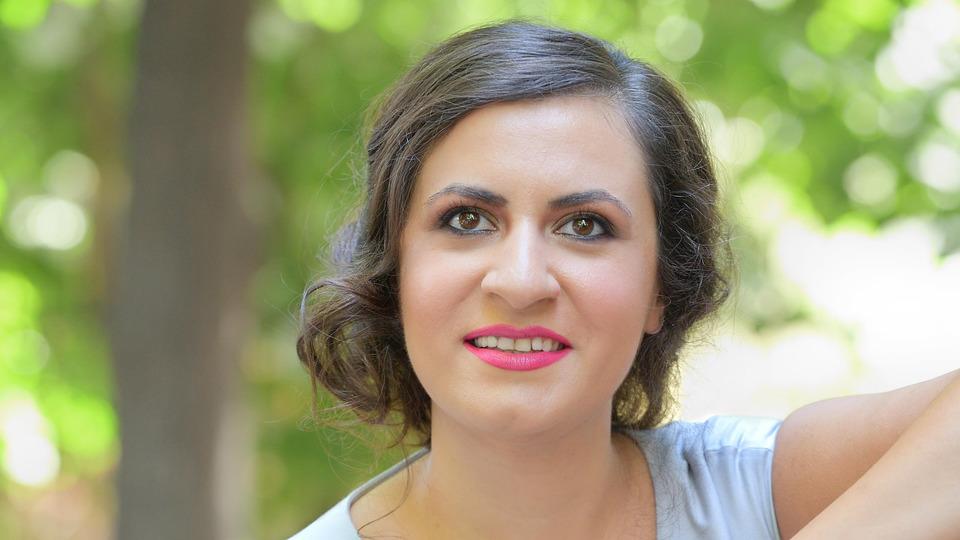 soprana-rodica-vica-invitata-unei-editii-speciale-audio-video-a-serii-de-opera