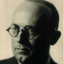 GIURESCU, Constantin C. (26 octombrie 1901-13 noiembrie 1977)