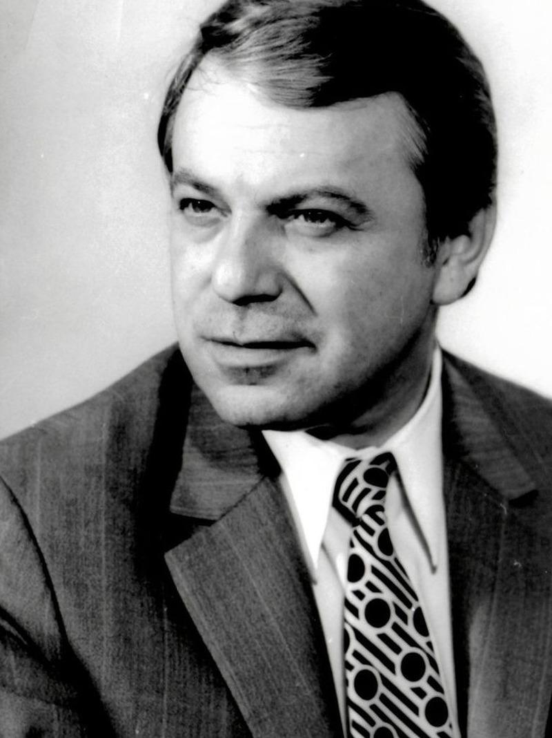 """Profil teatral"" (1980). Octavian Cotescu (14 februarie 1931-22 august 1985)"