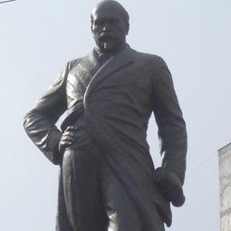 """""""București, istorii scrise și nescrise"""". Discursul rostit de Victor Iamandi la dezvelirea statuii lui Mihail Kogălniceanu (1936)"""