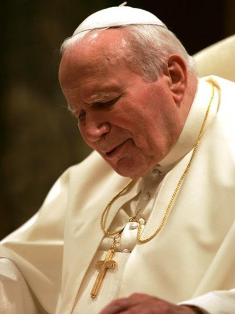 Cuvântarea rostită de Sanctitatea Sa, Papa Ioan Paul al II-lea, la Aeroportul Băneasa (7 mai 1999)