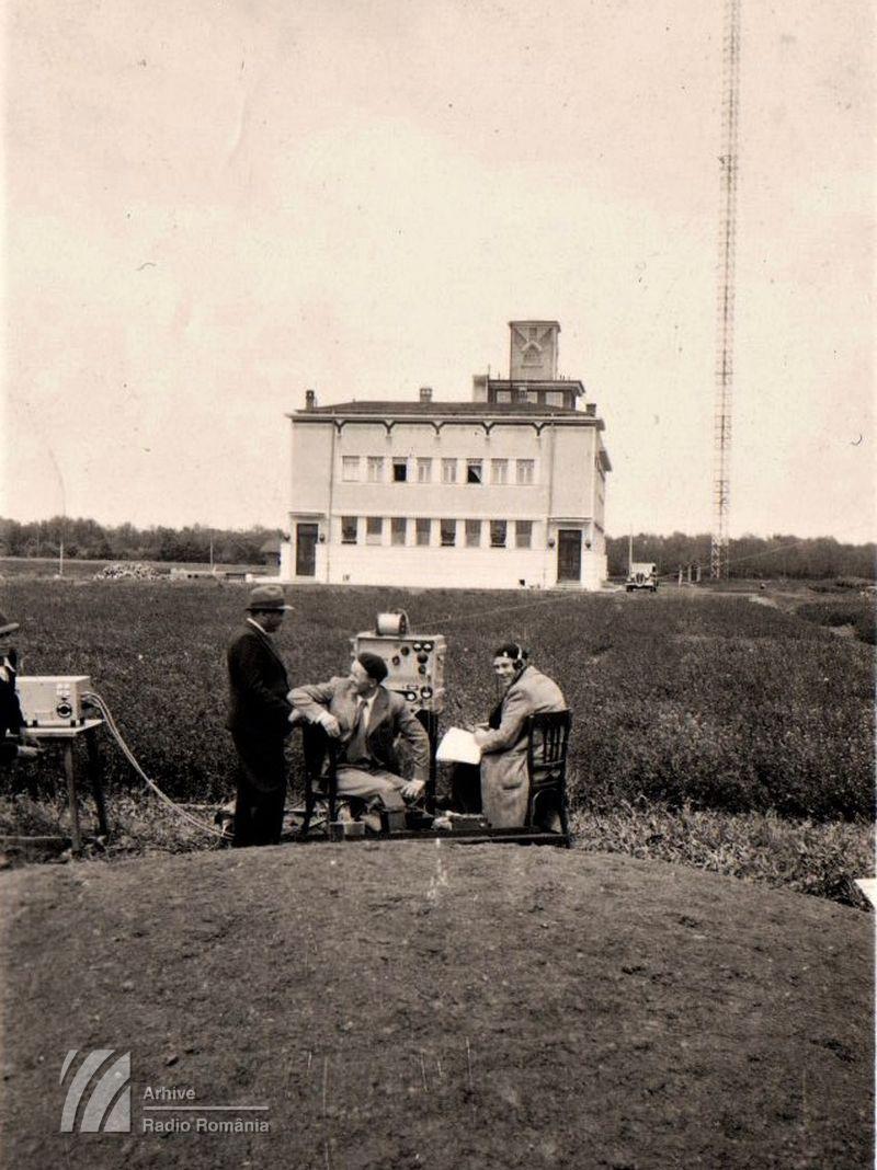 Transmisie din grădina postului Radio Bucuresti (1929)