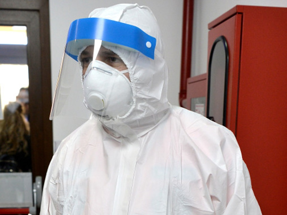 viziere-de-protecie-pentru-personalul-medical-create-in-universitatea-transilvania