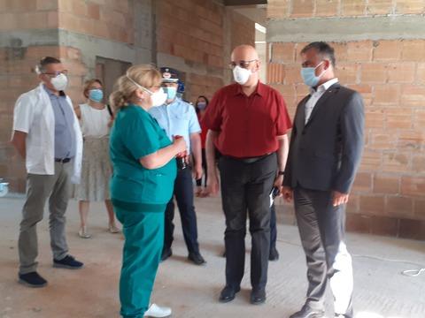 guvernul-va-asigura-echipamentele-necesare-unitatii-modulare-ati-de-la-spitalul-judetean-brasov
