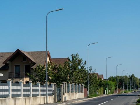 zona-noua-din-cartierul-tractorul-va-avea-iluminat-public-aproape-peste-tot-pana-la-sfaritul-anului