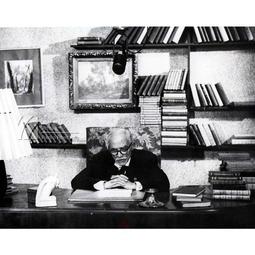 Tudor Arghezi (21 mai 1880-14 iulie 1967)