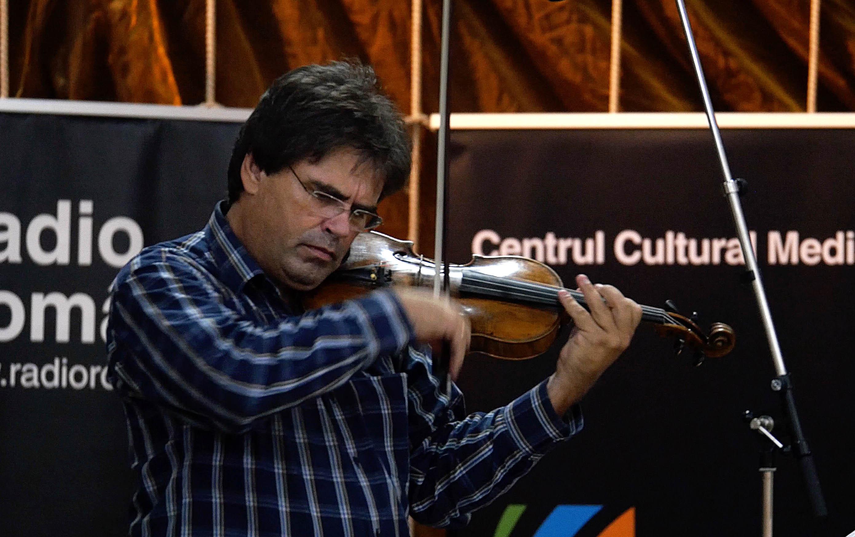 AUDIO. Turneul naţional 'Vioara lui Enescu' la Cumpăna şi Mihail Kogălniceanu