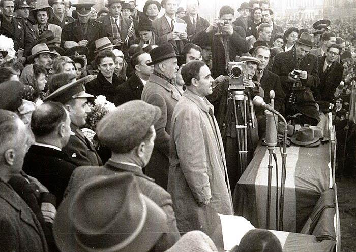 "PCR în campanie electorală la Radio. 1946"" - Istorica - Radio ..."