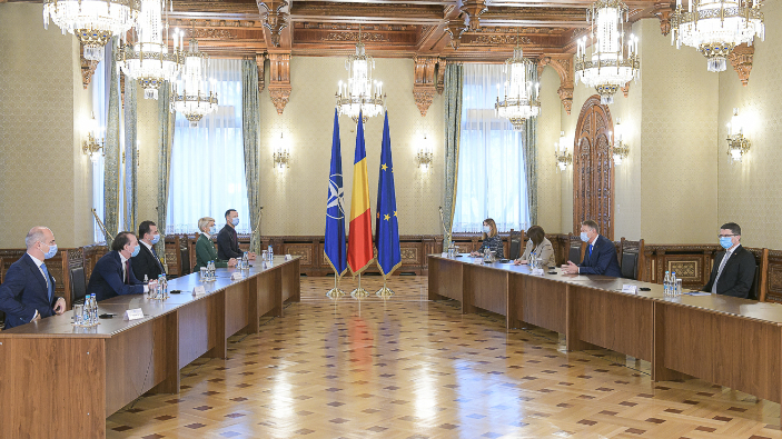 consultations-with-parliamentary-parties-to-form-a-majority