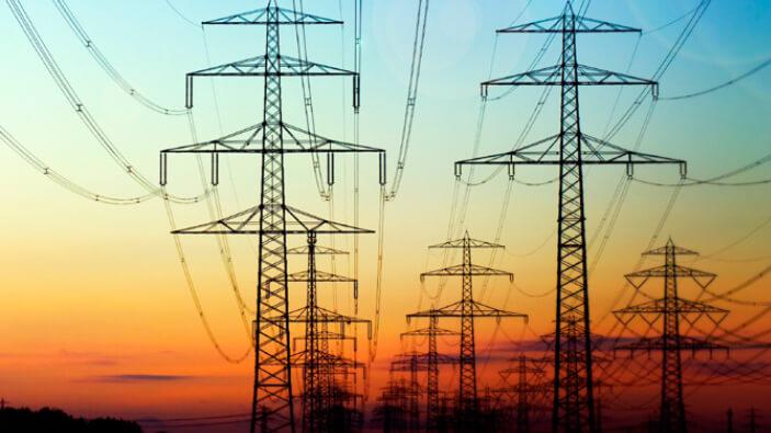consumul-de-electricitate-al-romaniei-aproape-de-maximul-istoric-