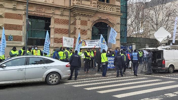 proteste-sindicale-ale-cartel-alfa-la-bucuresti