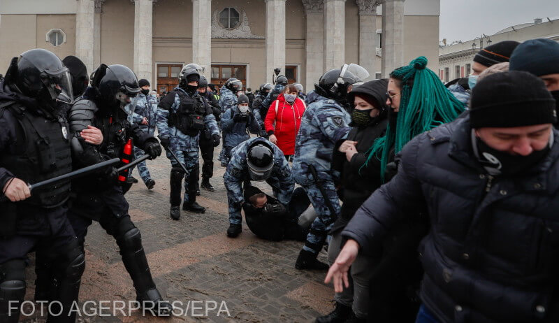 sua-condamna-tacticile-dure-folosite-de-rusia-impotriva-protestatarilor