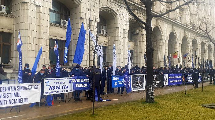 protest-la-sediul-ministerului-de-justitie