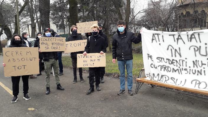 protest-al-sindicatului-elevilor-si-studentilor-militanti