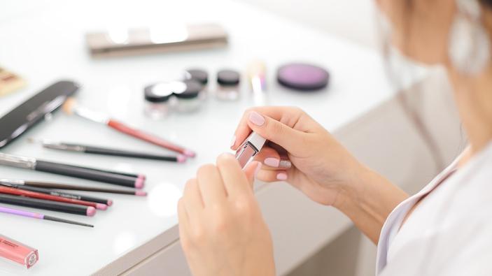 produse-cosmetice-expirate-sau-toxice-vandute-in-magazine-din-galati
