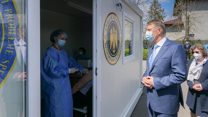 klaus-iohannis-singura-cale-de-iesire-din-pandemie-este-vaccinarea