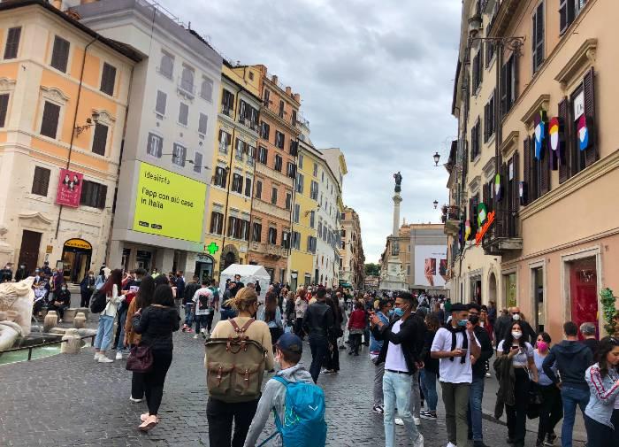 peste-120-de-romani-pe-listele-electorale-la-alegerile-din-italia-
