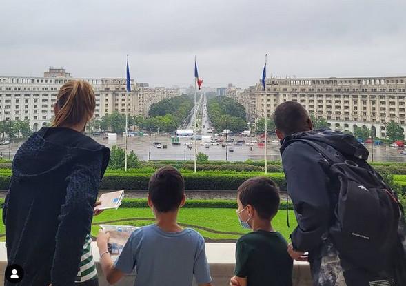 palatul-parlamentului-vizitat-de-copii