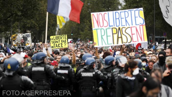 proteste-in-italia-si-franta-fata-de-permisul-sanitar