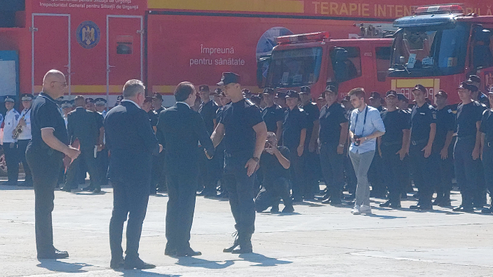 pompierii-romani-care-au-luptat-cu-incendiile-din-grecia-avansati-in-grad