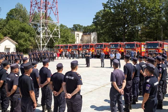 pompierii-romani-care-au-intervenit-in-grecia-inaintati-in-grad-incendii