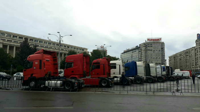 protestul-transportatorilor-rutieri-din-piata-victoriei-s-a-incheiat