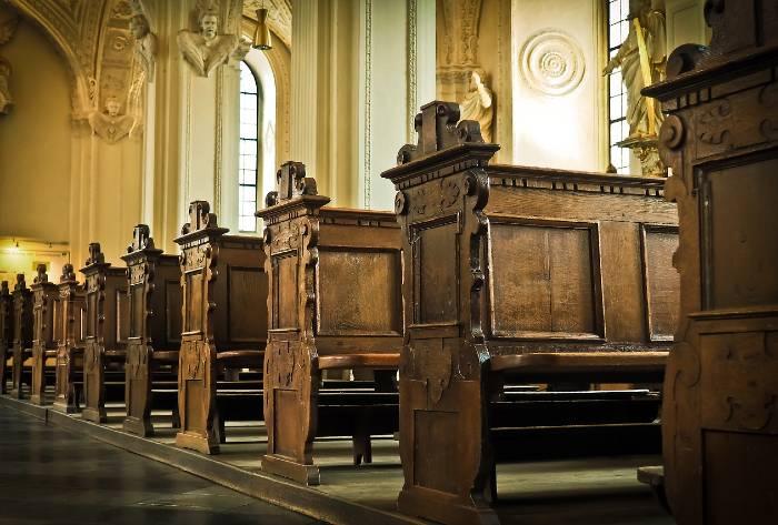 sute-de-mii-de-copii-victime-ale-abuzurilor-bisericii-catolice-din-franta-