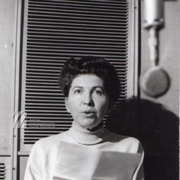 BANUȘ, Maria (10 aprilie 1914-14 iulie 1999)