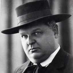SADOVEANU, Mihail (5 noiembrie 1880 - 19 noiembrie 1961)