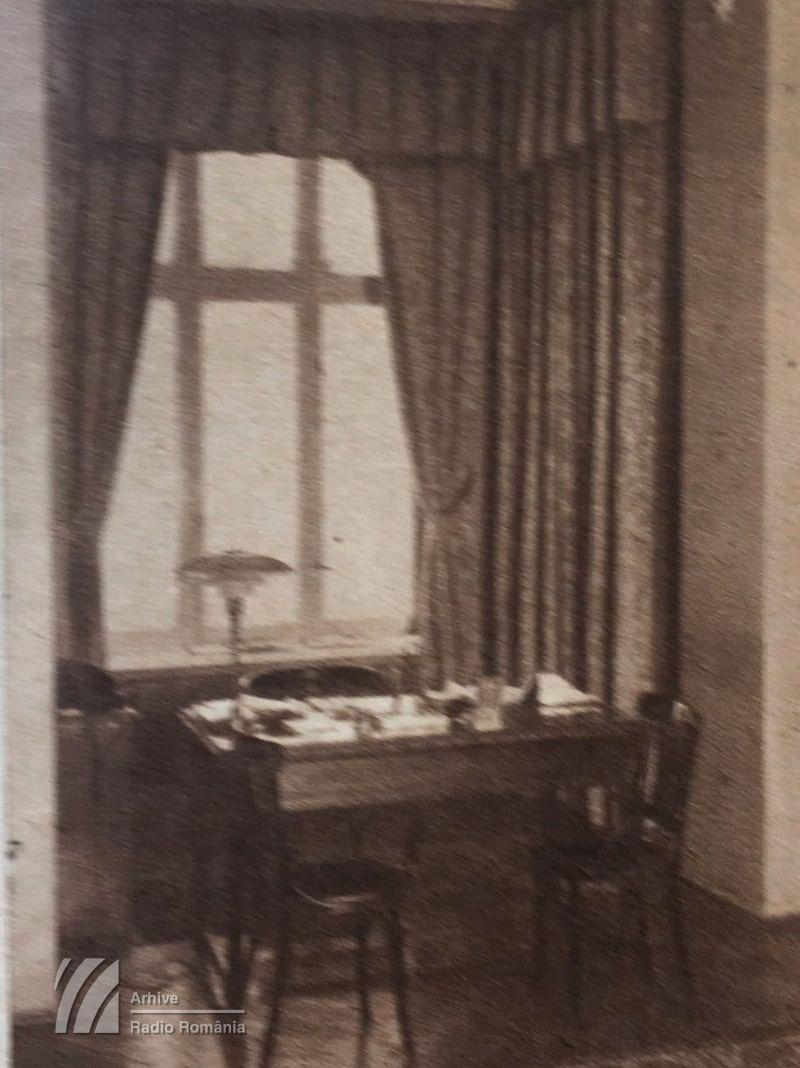 Biroul Directorului General, din primul sediu al Radiodifuziunii