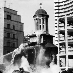 """""""București, istorii scrise și nescrise"""". Biserica Enei. Demolările din zona Apolodor. Prima ediție a emisiunii (1997)"""